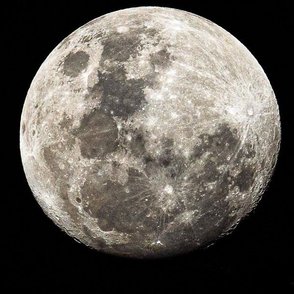 Ritual para atraer el amor con magia blanca. luna creciente